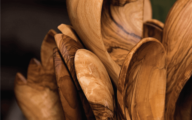 Damaged Wood Spoons Can Be A Food Safety Rsik